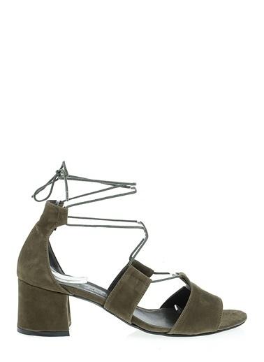 D by Divarese Kısa Topuklu Ayakkabı Haki